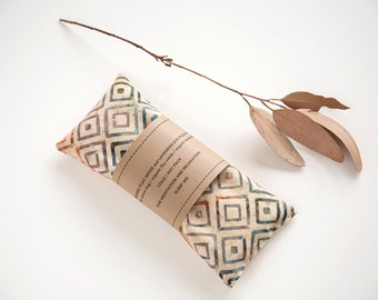 Eye pillow - Lavender Eye Pillow - Orange Square Batik Eyepillow - Relaxation - Sleep Aid - Yoga, Geometric eye pillow - Organic flax pillow
