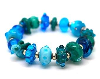 Favourite Colour - Bracelet - turquoise Glass Beads - little bird , stars, silver beads