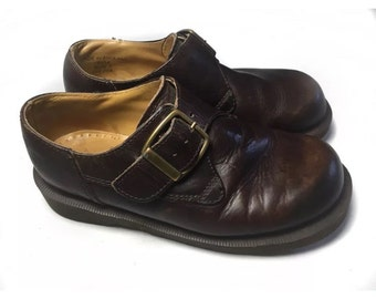 Vintage leather Dr Martin shoes classic buckle size 3