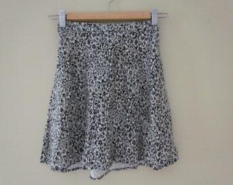 High waisted floral A-line skirt