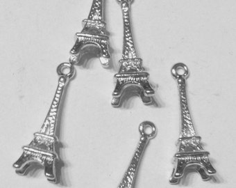 5 charms tower eiffel in hypoallergenic silver-plated metal. 24 mm.