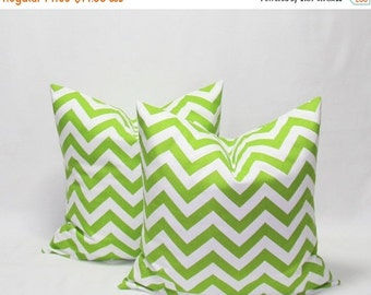 SALE Green Pillows 18 x 18 Inches Decorative Pillow Cover, Chevron Chartreuse/White Pillow Cover, Green Chevron Throw Pillows Green Cushion