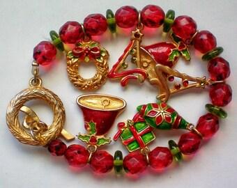 Christmas / Holiday Charm Bracelet - 4319