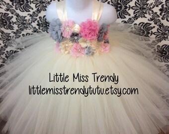 Ivory Flower Girl Tutu Dress, Ivory Flower Girl Tutu Dress, Ivory Tutu Dress with Flowers, Ivory Tutu Dress, Flower Girl Tutu Dress in Ivory