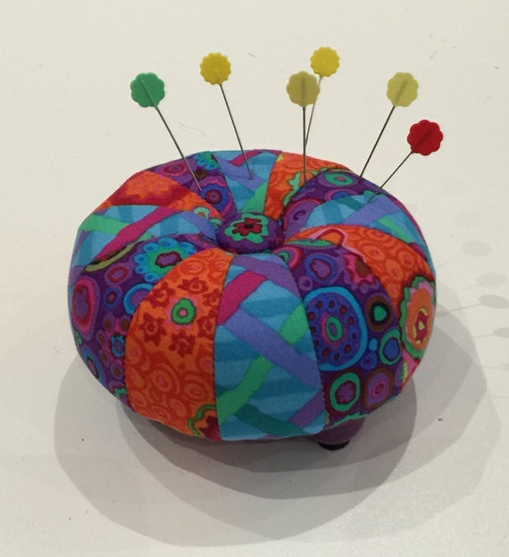 "MINI TUFFET 4"" PINCUSHION Kit w/pattern by Sew Colorful"