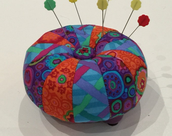 "Featured listing image: MINI TUFFET 4"" PINCUSHION Kit w/pattern by Sew Colorful"