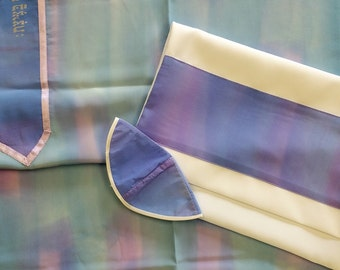 Crepe De Chin Silk Tallis in shades of Periwinkle and Lavender