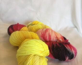 Flames of War - Alpaca Sock -hand dyed yarn