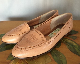 Leather Flats Loafers by Liz Claiborne Tan Beige with Gold Dots Crest Logo Women's US 5.5