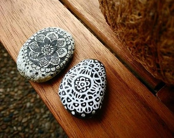 2 painted stones