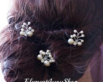 Bridal Hair Pins, Wedding Hair Accessories, White ivory pearls Clips, Bridesmaid Hairdo, Prom hairdo, set of 3 hair vines