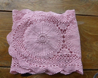 TABLE RUNNER, hand made, cotton, colors powder pink, vintage 1970, n3
