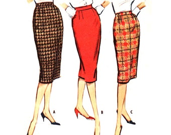 """McCall's Sewing Pattern 5082  Misses' Skirt - estimated Vintage 1970  Size:  Waist 28""""  Hips  38""""  Used"""