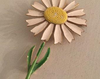 Vintage Enamel White Daisy Broach, Retro Jewelry, Pin