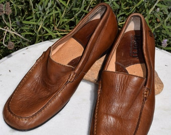 Born Handcrafted Brown Leather Loafer Driving Shoes Mens SIZE 8.5 M/W 8 1/2