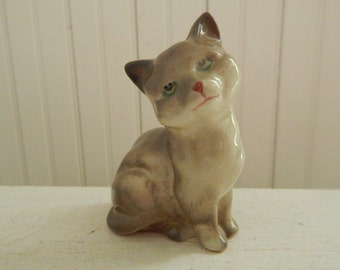 Royal Doulton Grey Tabby Cat Kitten - Porcelain Animal Cat Made in England - Collectible Porcelain Grey Cat Figurine - Cat Lover Gift!