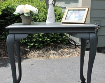 Refinished Queen Anne Style End/Side Table