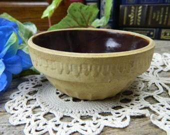 Vintage Primitive Bohemian Pottery Small Mixing Bowl