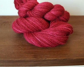 100% Alpaca Lace weight Yarn (437 yards)