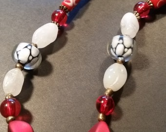 Trendy red and white millefiori and glass beads