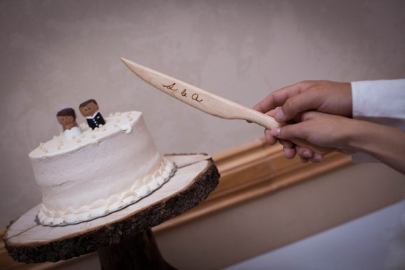 rustic wedding cake serving set wedding cake server set wedding cake knife personalized wood 7205