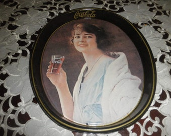 Coca Cola Metal Tray with Gibson Girl 1973