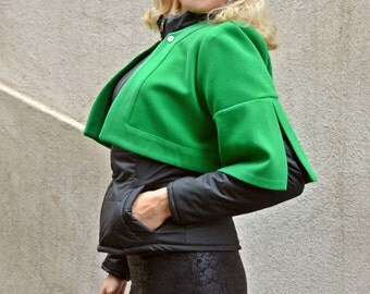 Black Jacket with Green Bolero / Padded Jacket with Detachable Green Bolero / Waxed Stretched Leather Jacket TC56