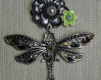 Green Dragonfly Flower Necklace