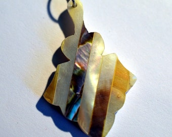 Vintage Mother of Pearl and Abalone Shell Intarsia Pendant (1060404)