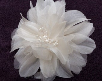 Fabric flower, Silk flower, Silk flower comb, flower comb, flower hair clip, Silk flower wedding sash, wedding sash belt, flower brooch