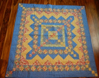 Throw Quilt - Square Quilt - Wall Hanging - Flowers & Brightness Quilt - Youth Quilt - Pieced Quilt - Teen Quilt - Aunt Gracie