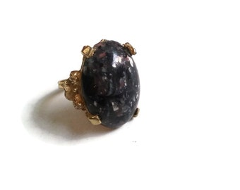 Vintage Ring - Black and Grey Lucite Faux Gemstone Adjustable Ring in Antique Gold - 1950's