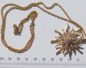 Vintage bursting star  pendant necklace signed