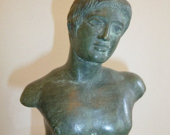 Antique Greek bronze copy of late 6th Cent B.C. with its original case – circa 1920