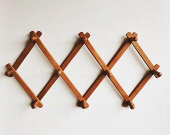Vintage Wooden Peg Rack