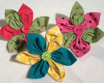 Multi-Colored Fabric Petal Collar Flowers