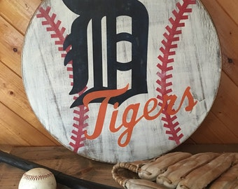 Detroit Tigers wood circle, wall decor, distressed baseball sign, old english sign, gift for baseball fan