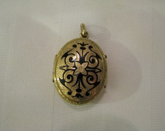 Beautiful Vintage Etched Oval Gold Filled Locket with Black Enamel Accents