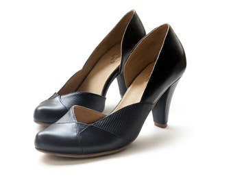 Sale 25% off! Black pumps, women's shoes, black heels, black shoes, handmade leather shoes by Liebling. Free Shipping. Nadia model.