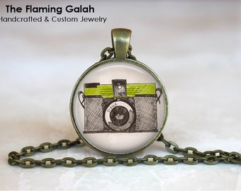 Vintage Camera Pendant. Photography Photographer.  Necklace /Key Ring. Gift Under 20. Handmade in Australia (P0744)