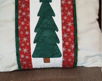 Quilted Christmas Pillow Wrap
