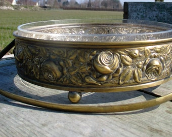 Beautiful Etched glass Bowl Dish Centerpiece Star Ornate Brass Foot
