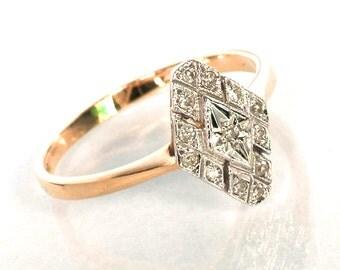 Art Deco Diamond Ring 18K Gold and Platinum 8 (US) or P (UK) Single Cut Stones