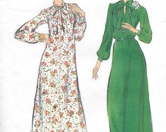 Vintage 1970s Vogue Sewing Pattern 9360 - Misses' Dress size 16 1/2 Bust 39 Uncut