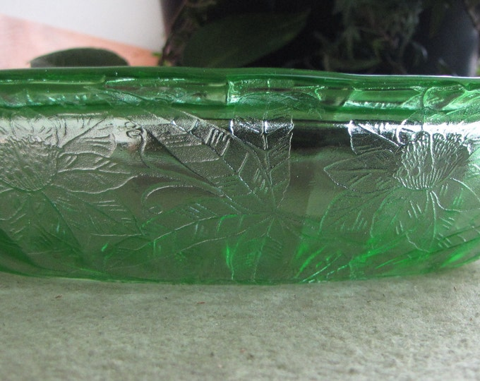 Green Depression Glass Bowl Jeanette Glass Co 1931 to 1935 Floral Pattern