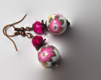 Earrings pearls ceramic flowers pink fuchsia and facets made hand glass