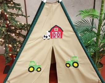 Barn and Green Tractor Play Tent