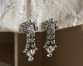 Vintage// Signed Kramer Rhinestone Screwback Dangle Earrings