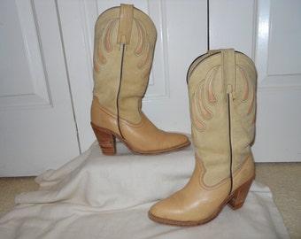 vintage women's frye western boots 7B