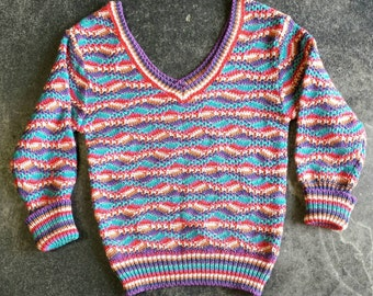 Colorful 80s / 90s Geoffrey Beene V-Neck Sweater